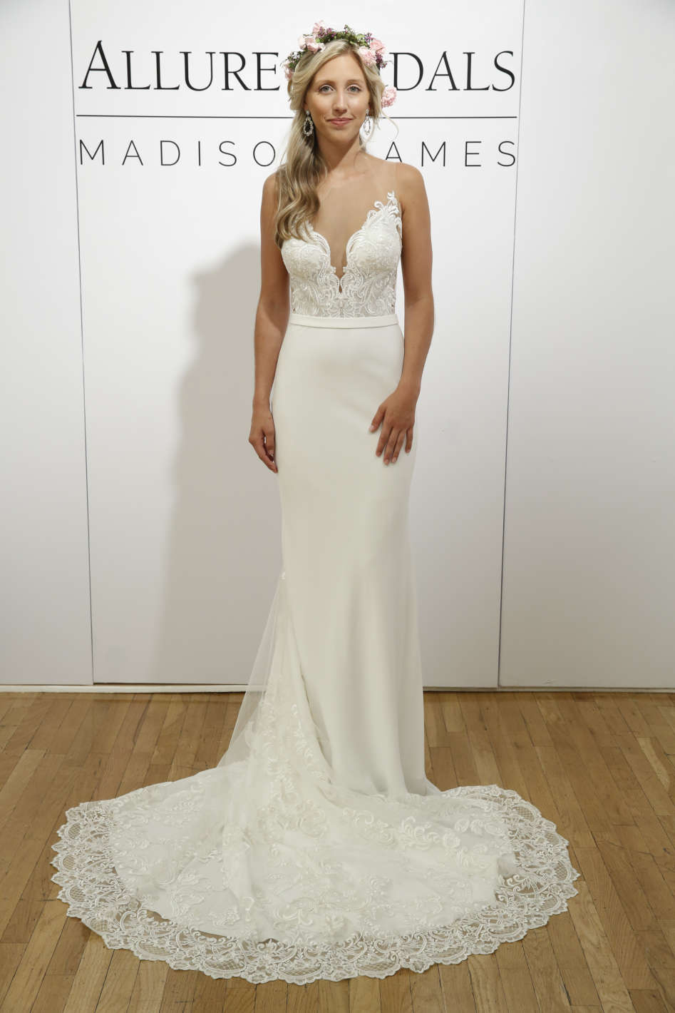 10 amazing wedding dresses in las vegas getting married in vegas vegas is such an eclectic city we recommend looking for a gown that matches that vibe this allure bridals gown combines a sultry deep v neckline with junglespirit Images