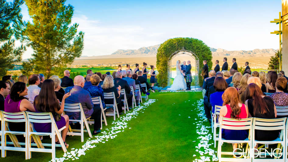 Couple Getting Married at Paiute Golf Resort