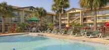 Baymon Inn pool_main.jpg
