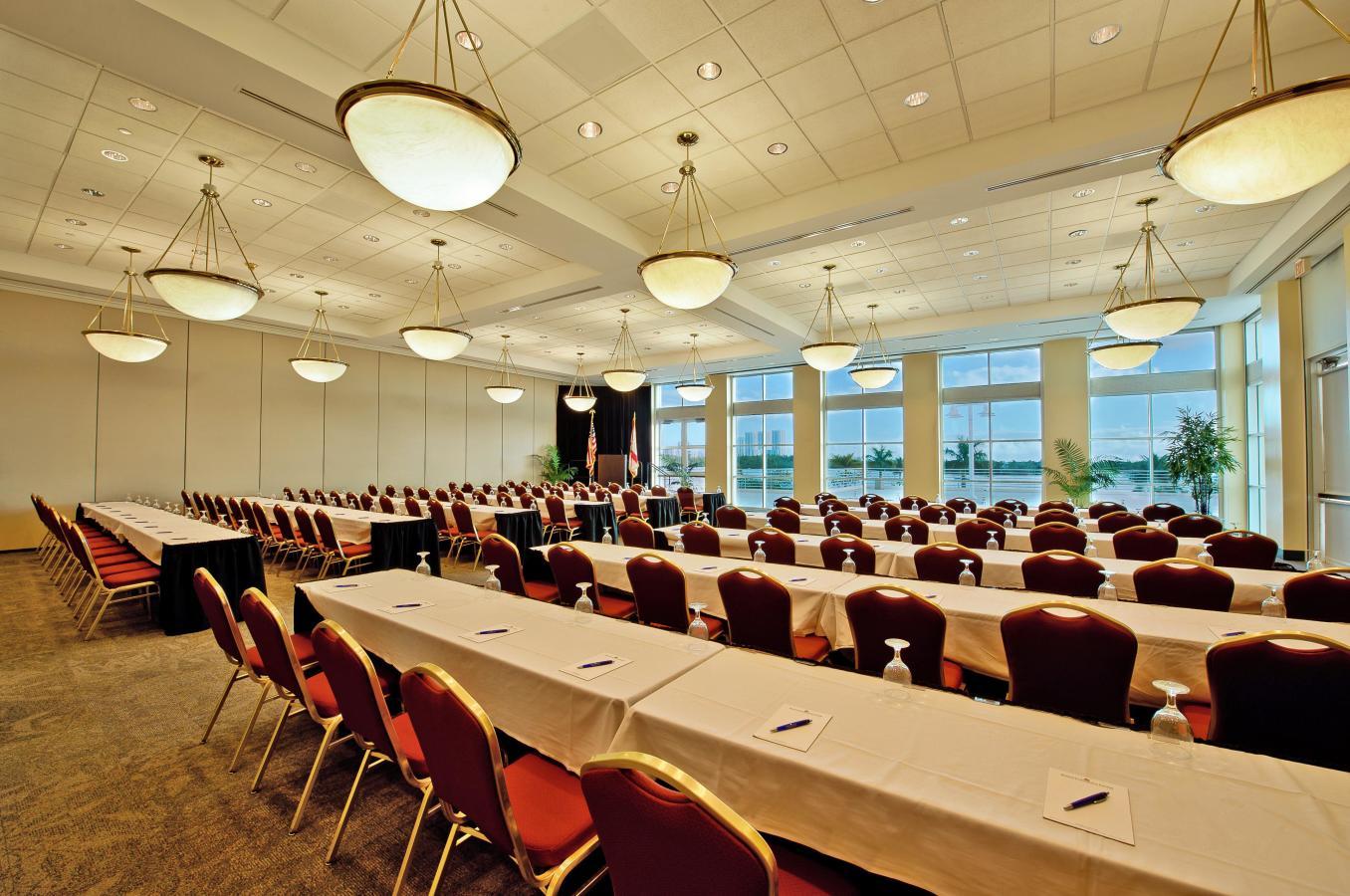 Bayview Grand Ballroom - over 5000 sq.ft
