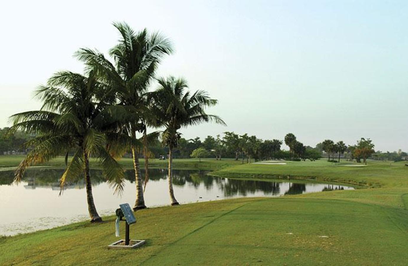 The natural beauty of South Florida at Briar Bay Golf Course