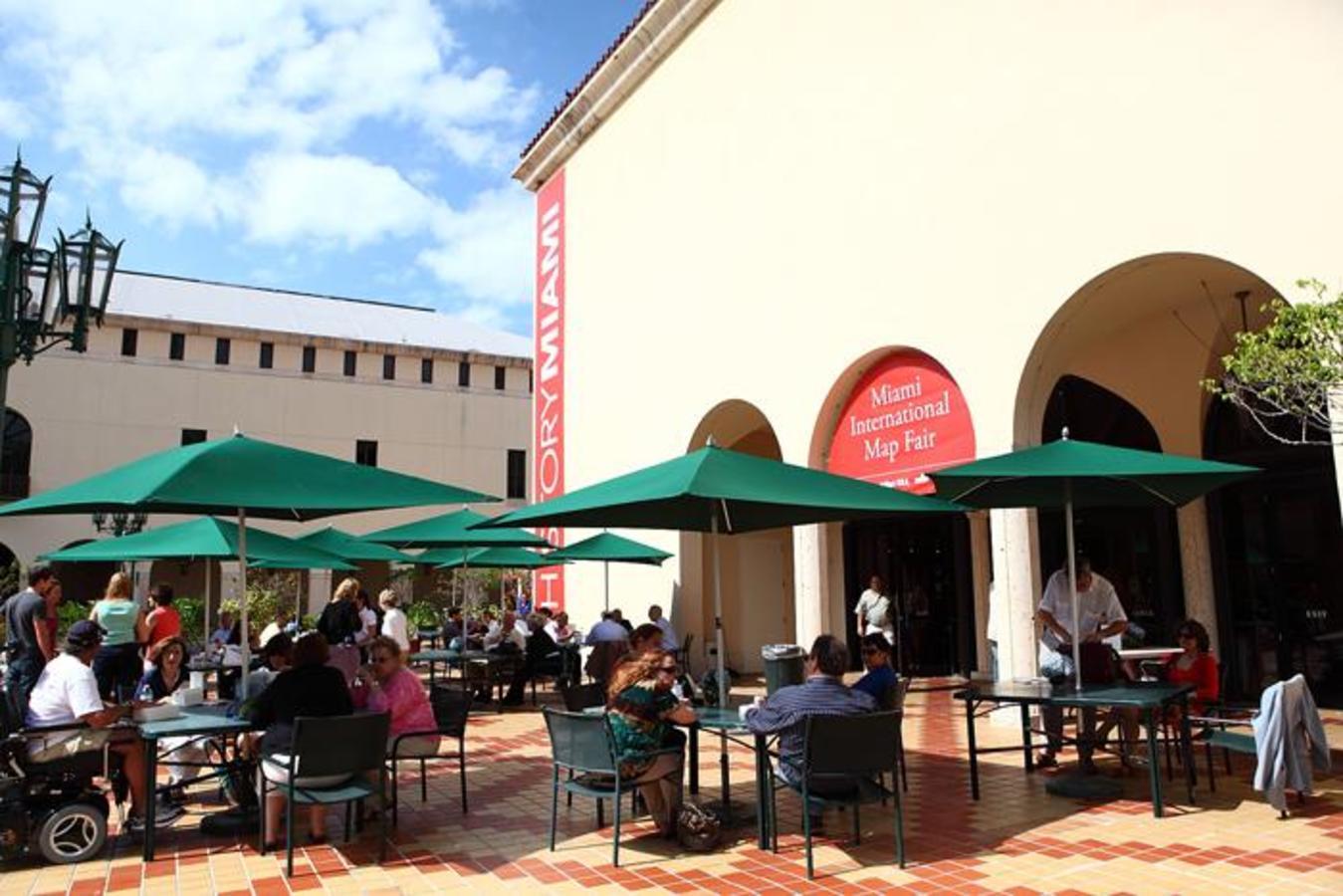 Cultural Plaza