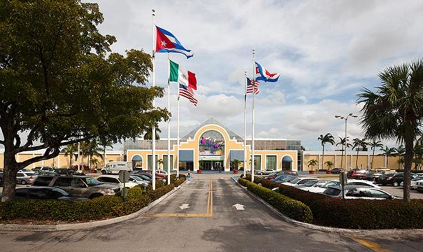 Mall of the Americas - Main Entrance