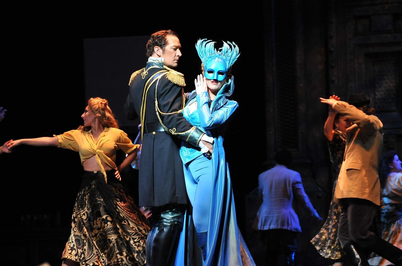 David Pittsinger and Georgia Jarman in Florida Grand Opera's Don Giovanni 2011