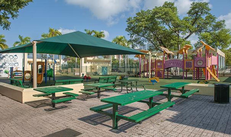 Picnic area & playground