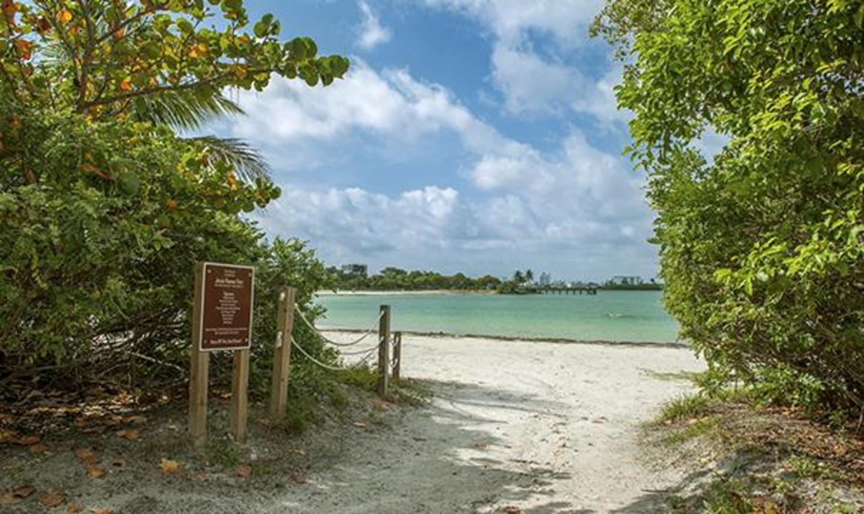 Park beach entrance