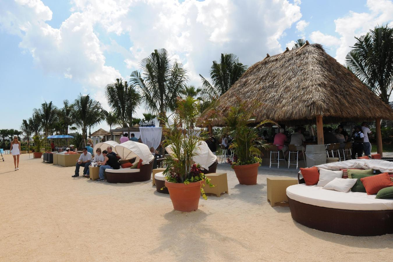 Frank's Beach at Gulfstream Park