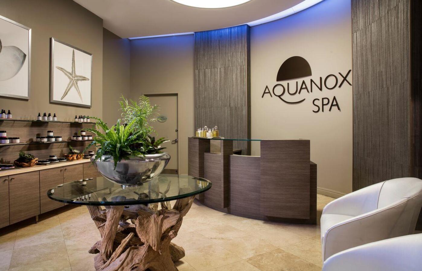 Aquanox Spa Lobby