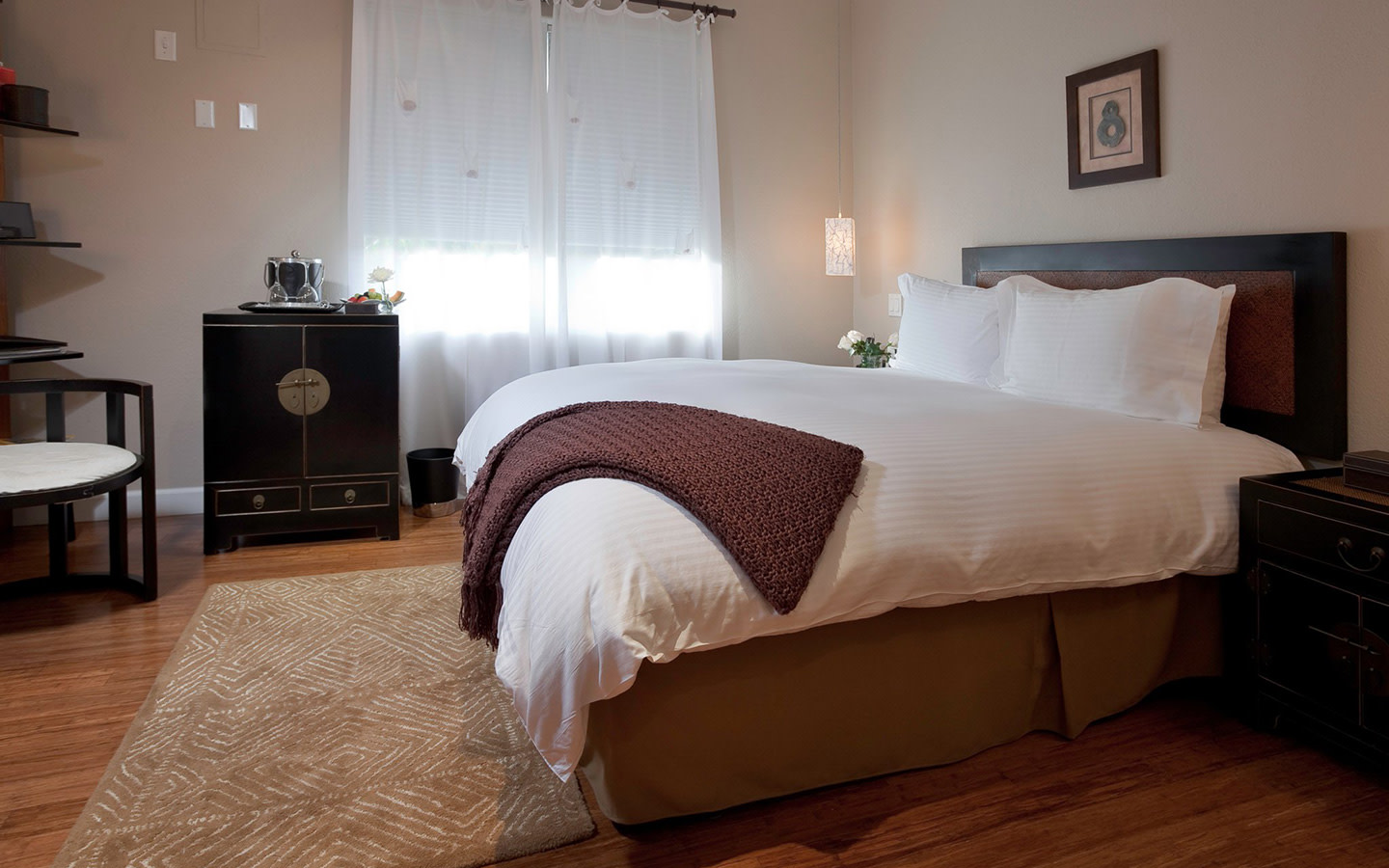 Superior King Bedded Room