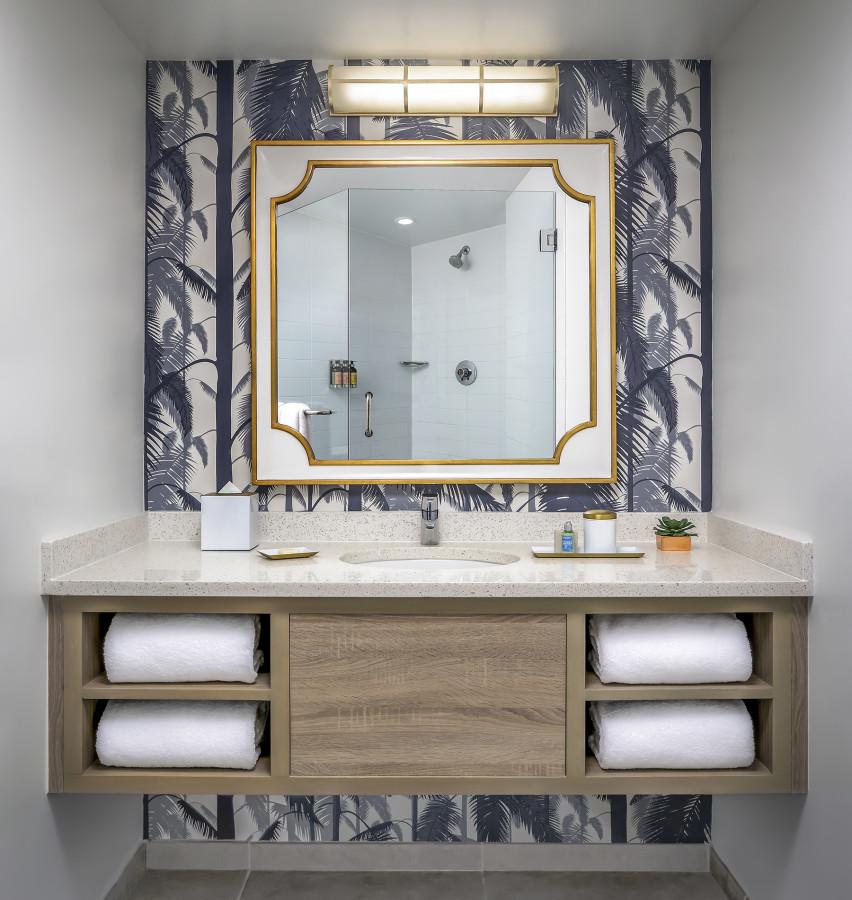 Cadillac Bathroom