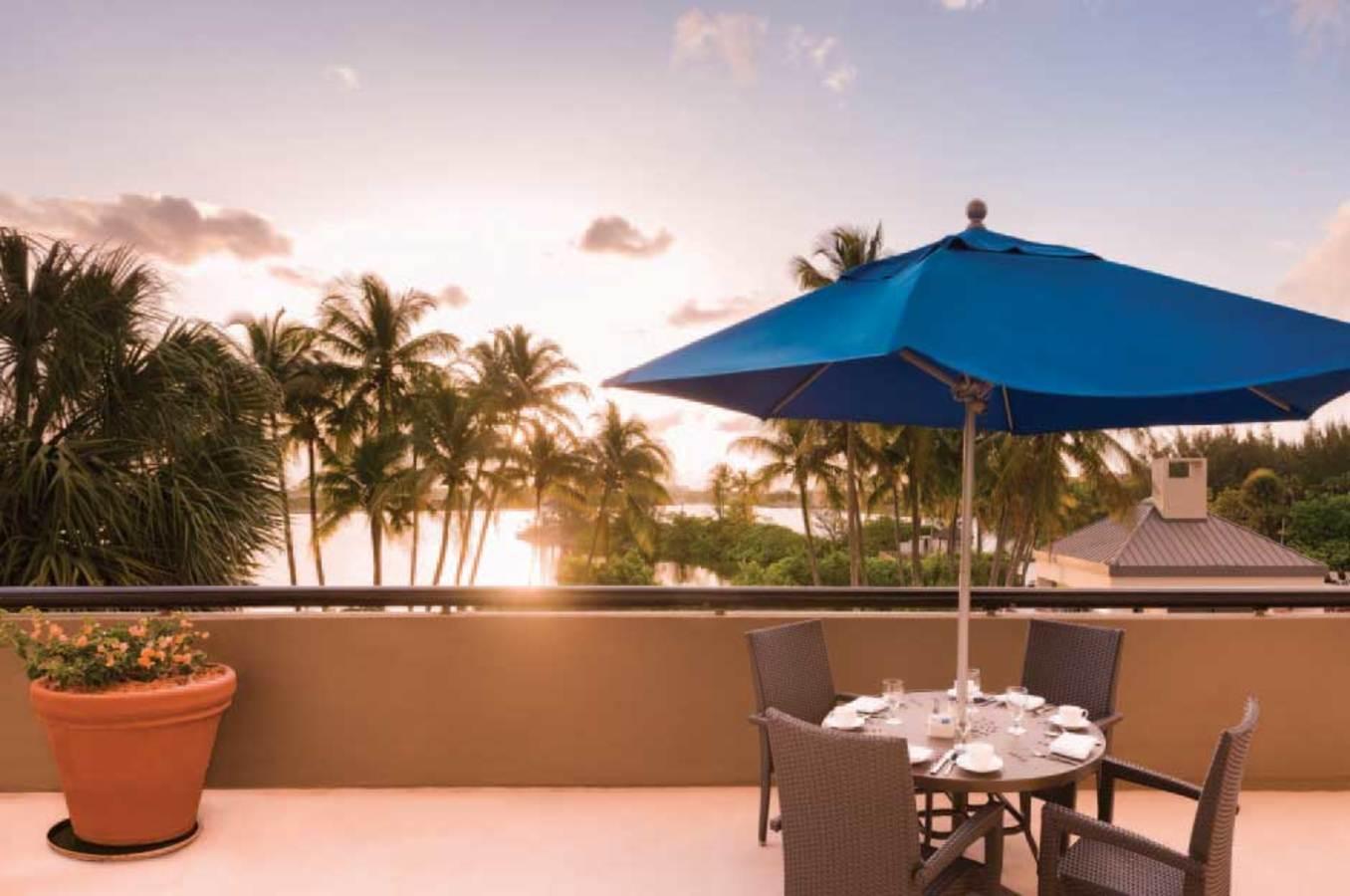 Dusk at the Hilton Miami Airport Blue Lagoon Sugarloaf Terrace