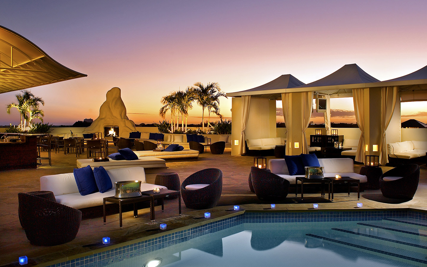 Rooftop pool at Mayfair Hotel and Spa