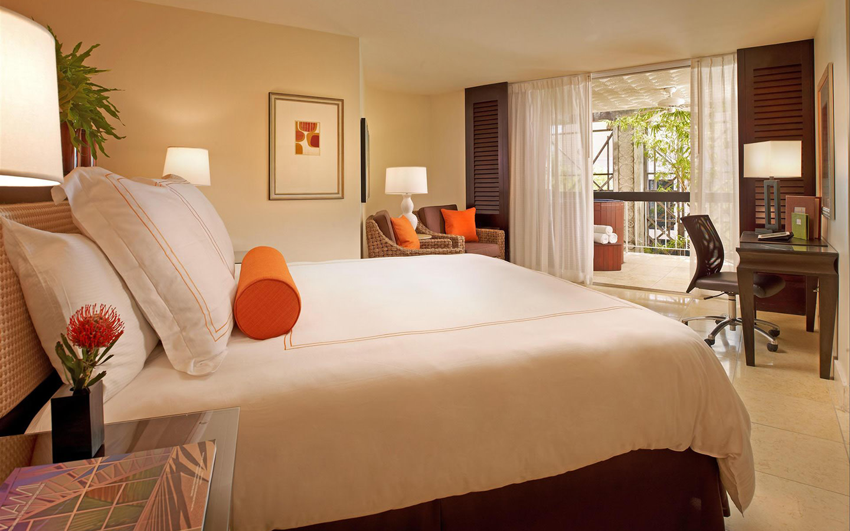 Luxurious Mayfair Suite