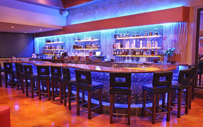 Kitchen 305 Restaurant & Bar