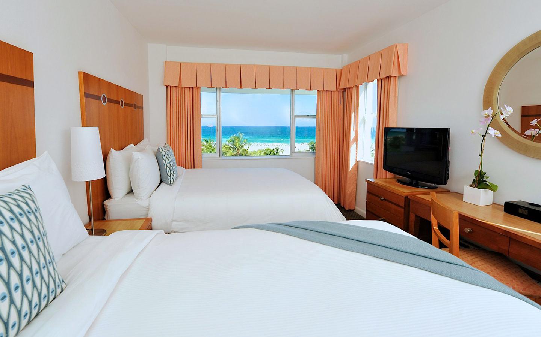 South Seas Hotel suite