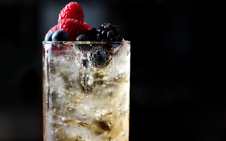 Spirit-Free Berry Spritz