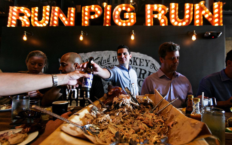 Swine Southern Table & Bar