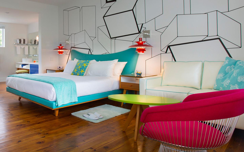 Galaxie King Hotel Room