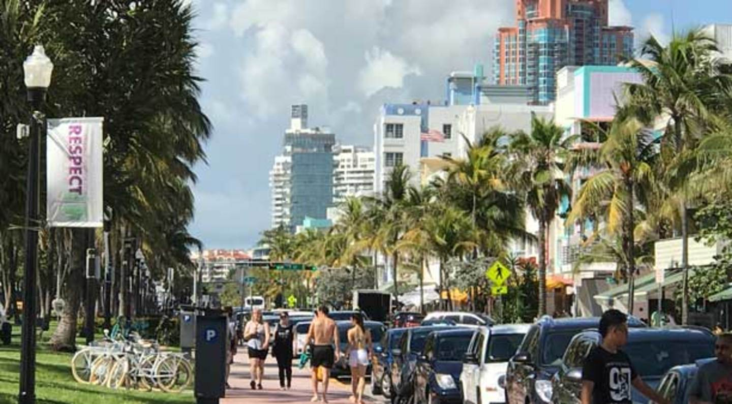collins avenue ocean drive shopping district in miami beach south