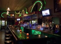 Paddy's Bar & Lounge