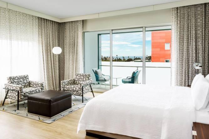 Hampton Inn & Suites by Hilton Santa Monica | Santa Monica