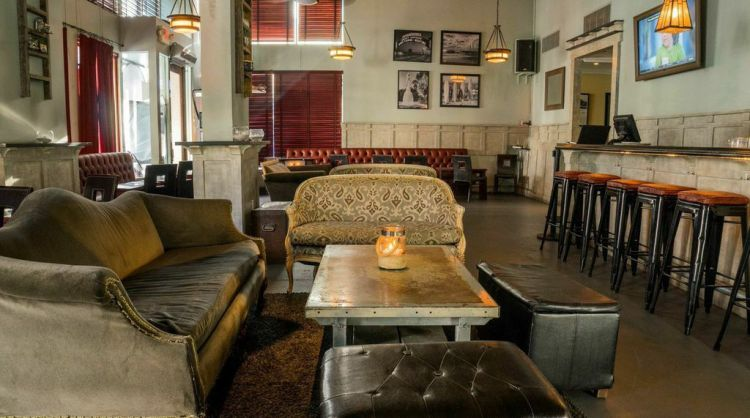 The Craftsman Bar and Kitchen
