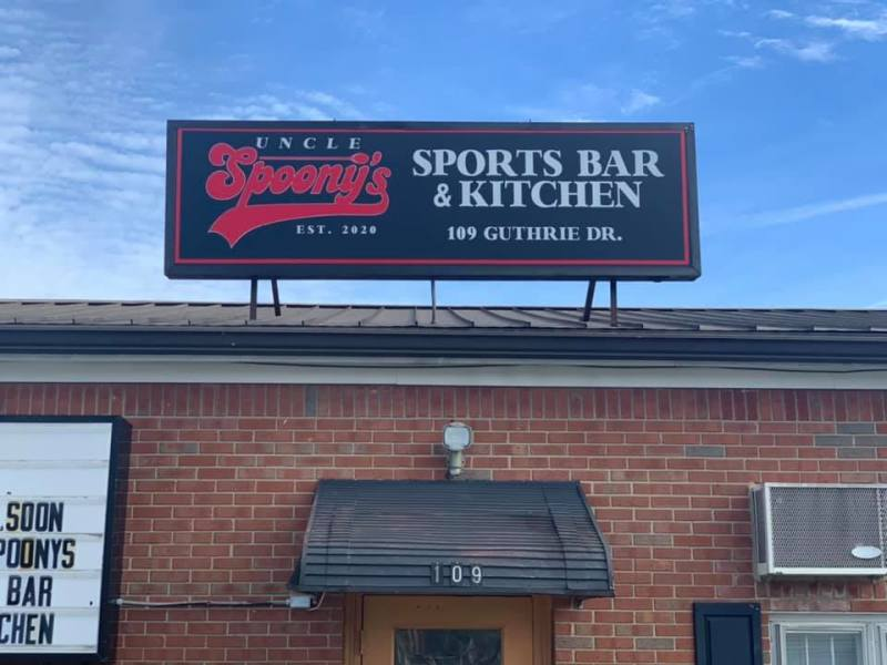 Uncle Spoony's Sports Bar & Kitchen