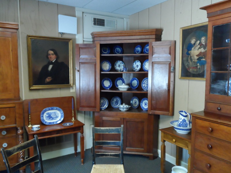 Bardstown Antiques Gallery