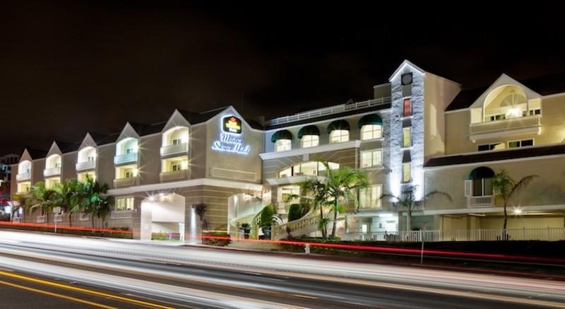 Best Western Plus Marina Shores Hotel Image