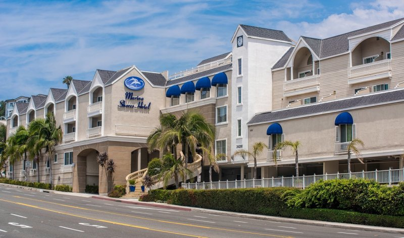 Best Western Plus Marina Shores Hotel Image