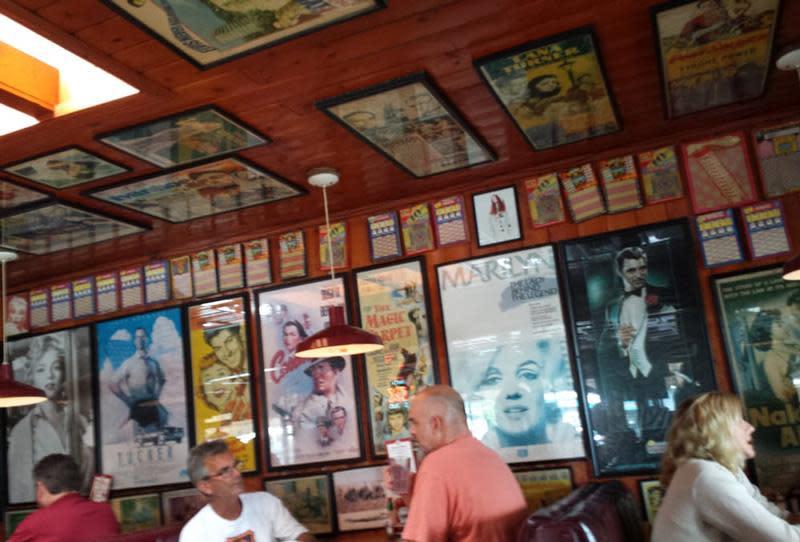 Harbor House Cafe Image