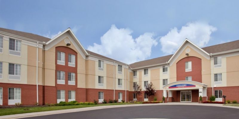 Candlewood Suites KCK Featured Image