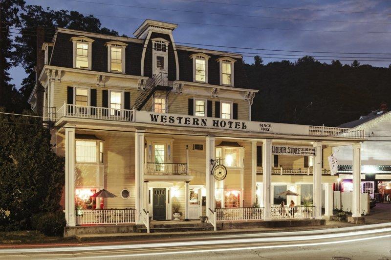 Western Supper Club & Inn