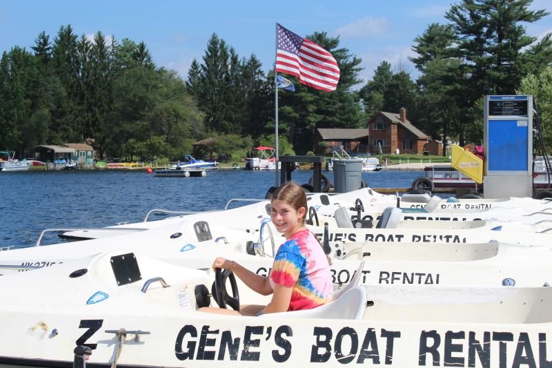 Gene's Boats