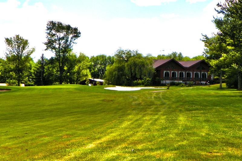 Swan Lake Golf & Country Club