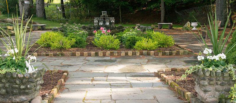 Stone Castle Gardens