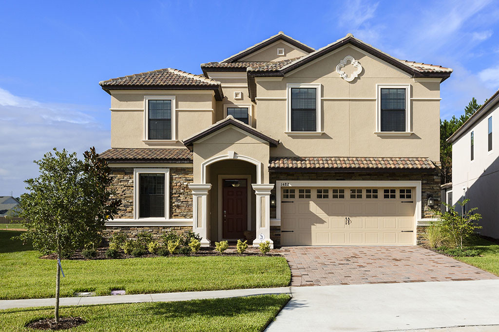 Resort Style Homes. Starmark Vacation Homes   Kissimmee  FL