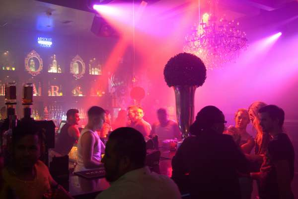 6 Can't-Miss Theme Nights