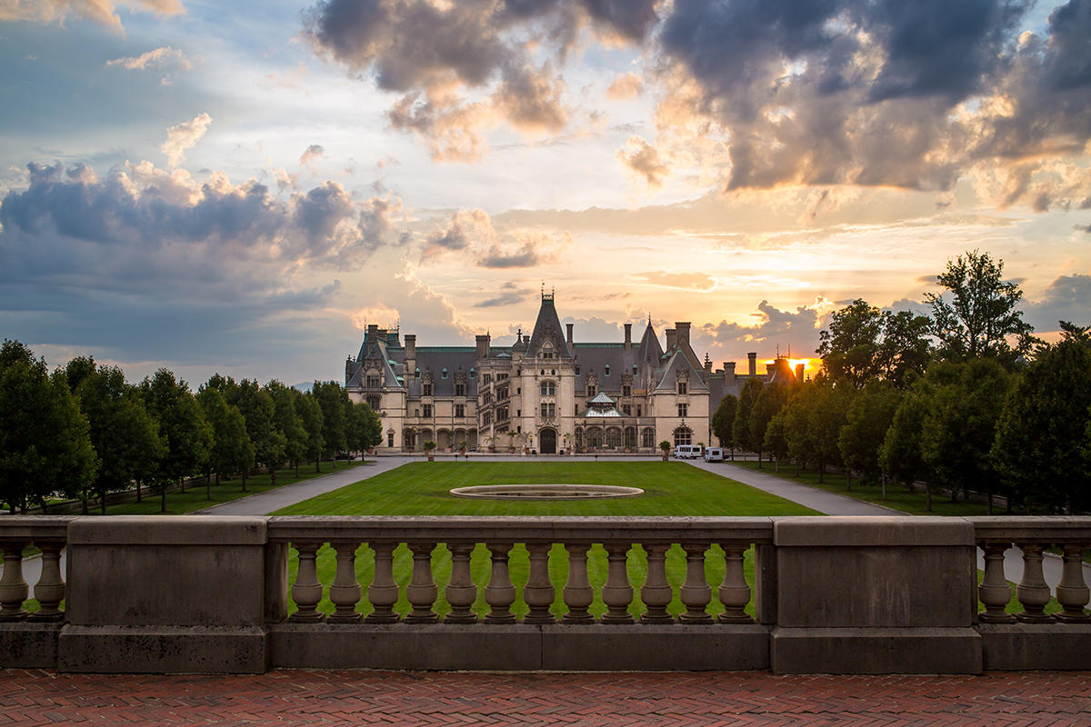 Best biltmore estate events in 2018 in asheville n c for Is biltmore estate haunted
