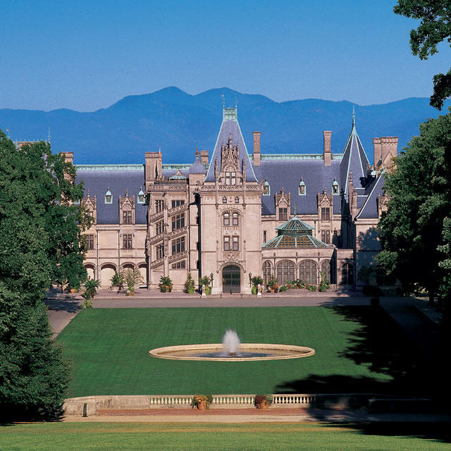Biltmore asheville nc 39 s official travel site for Is biltmore estate haunted
