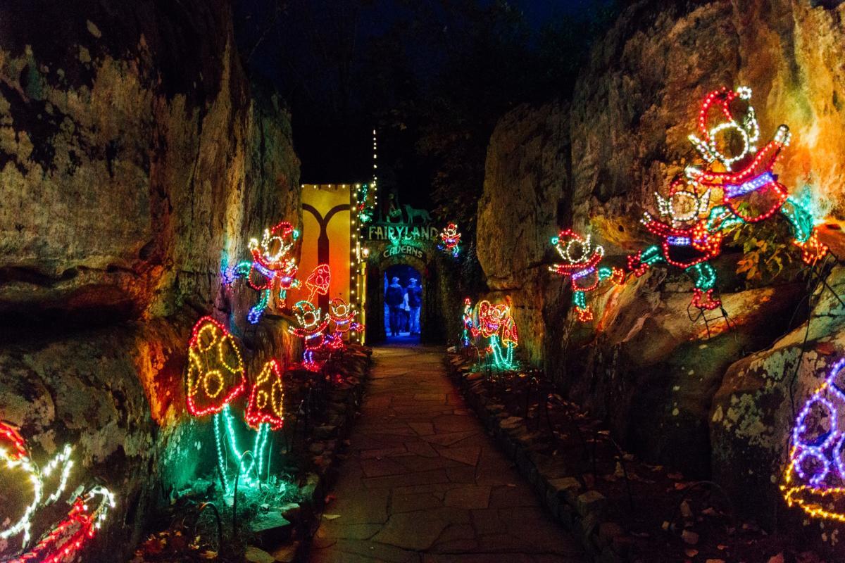 Rock city 39 s enchanted garden of lights - Rock city enchanted garden of lights ...