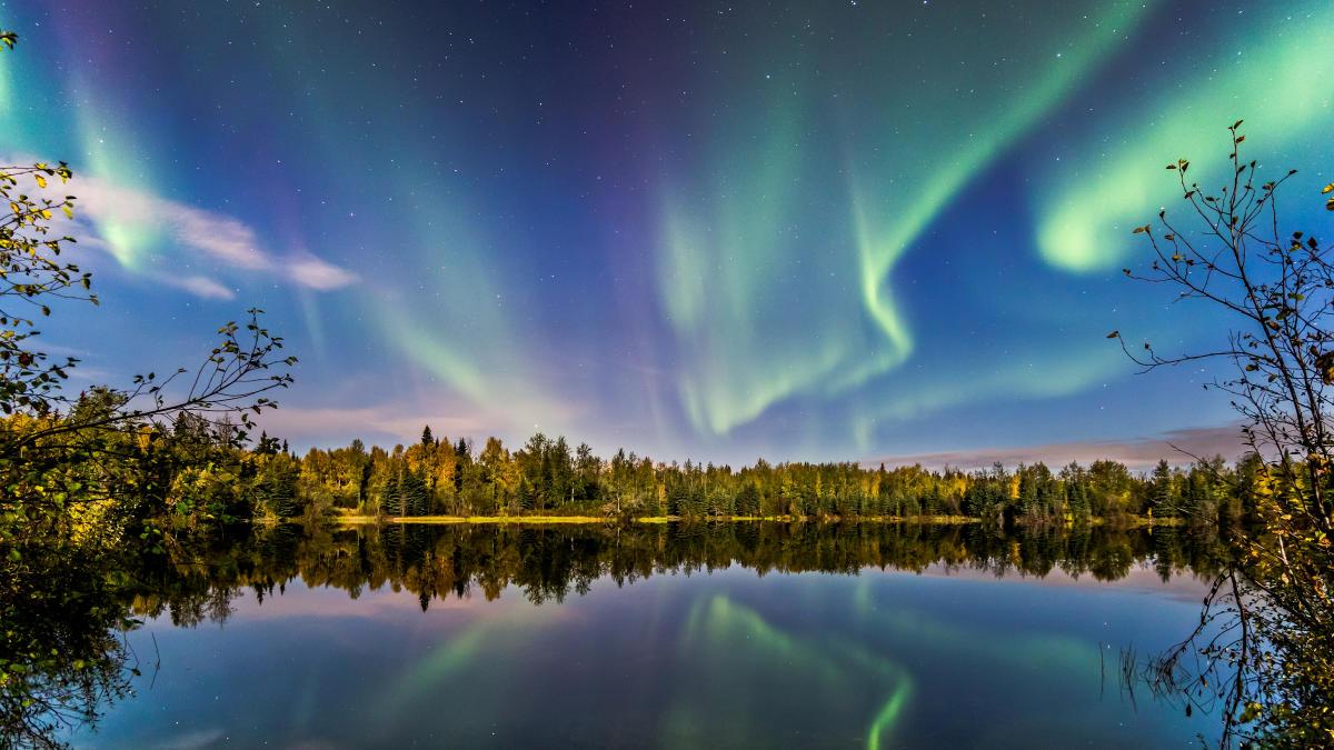 Explore fairbanks alaska aurora borealis midnight sun - Interior women s health fairbanks ak ...