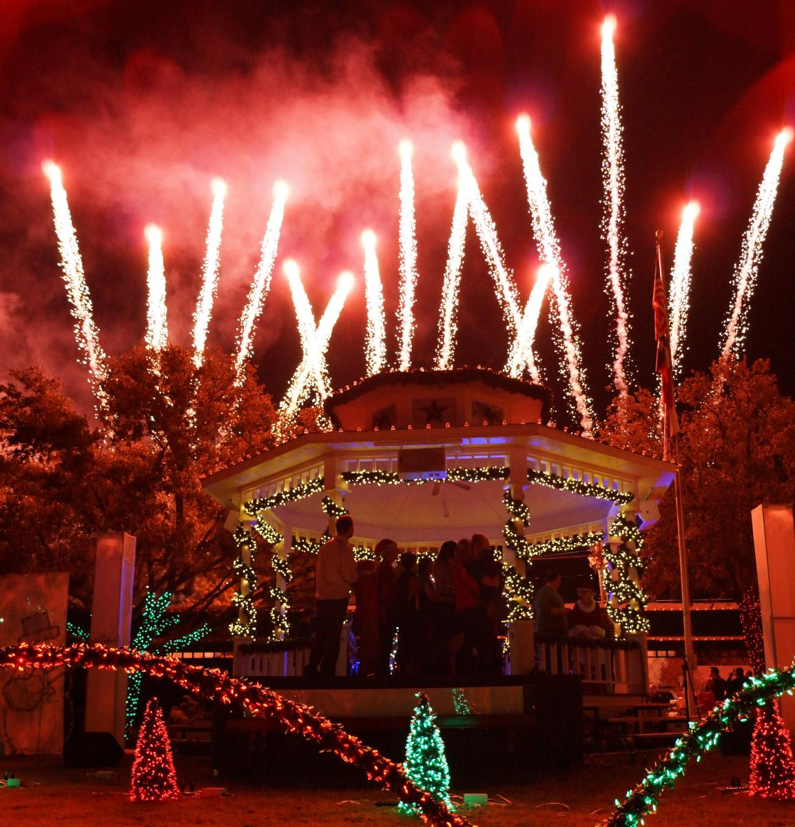 Christmas Lights Events In Grapevine TX