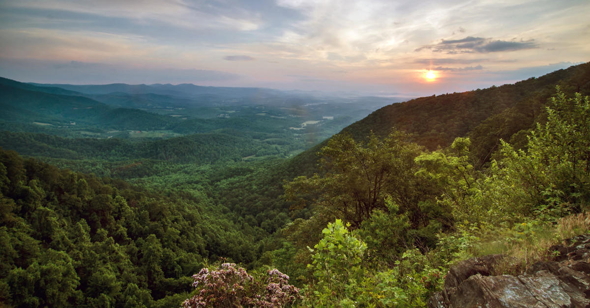 accommodation attractions and things to do in roanoke virginia Whether you're looking to bike, hike, canoe, picnic, or learn more about all  roanoke county has to offer, explore park is your destination for exploration.