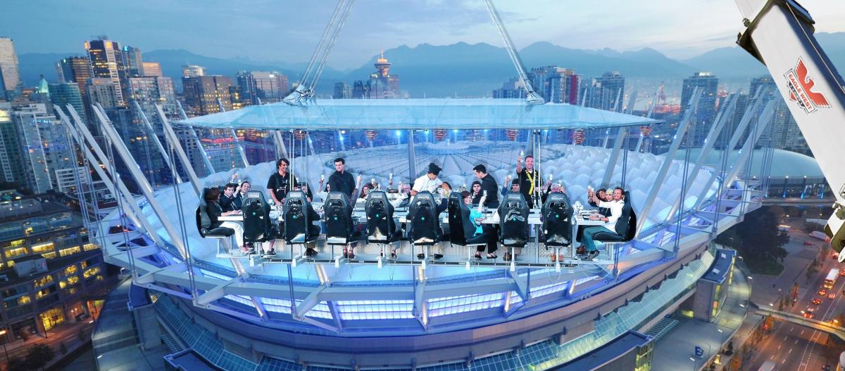 Extravagant Dining Experience Quot Dinner In The Sky Quot Comes To