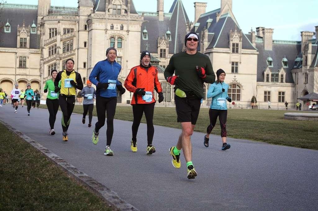 Run a big race at America's biggest home