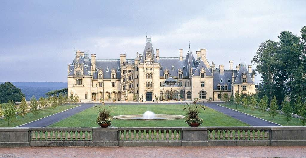 Fathers Get Free Admission To Biltmore This Sunday