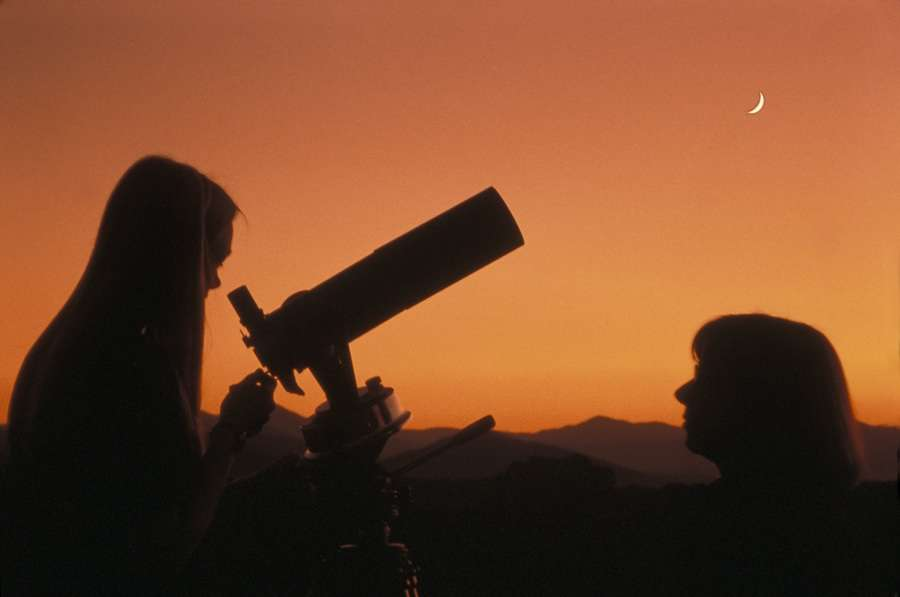 Asheville Stargazers Enjoy Meteor Shower