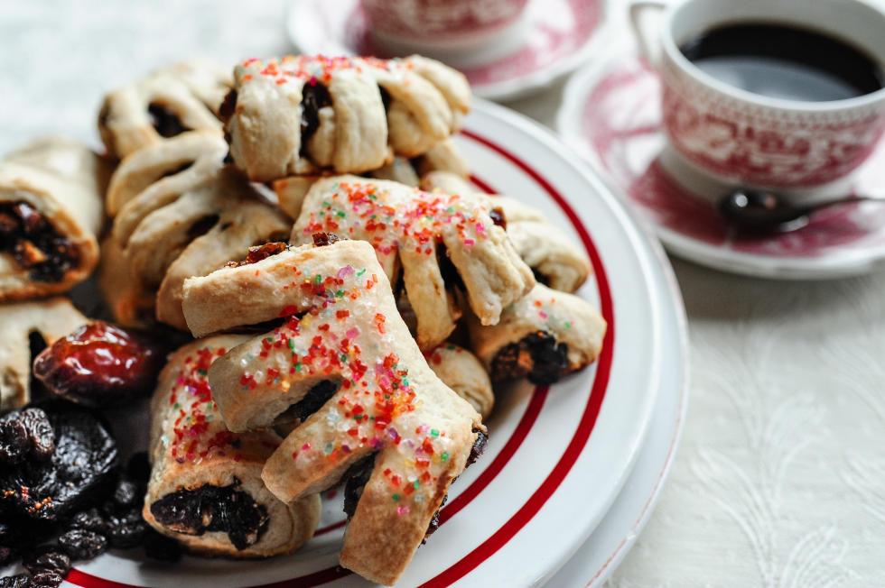 cuccidati cookies by paulie's
