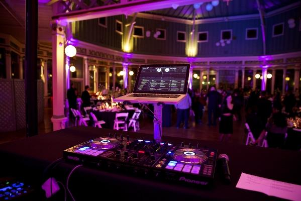Wedding Djs Bring Life To Your Day After All They Re Not There Just Play Music A Dj Helps Ensure The Events Of Flow